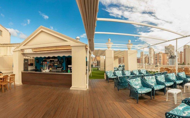 Terrasse hôtel magic cristal park benidorm