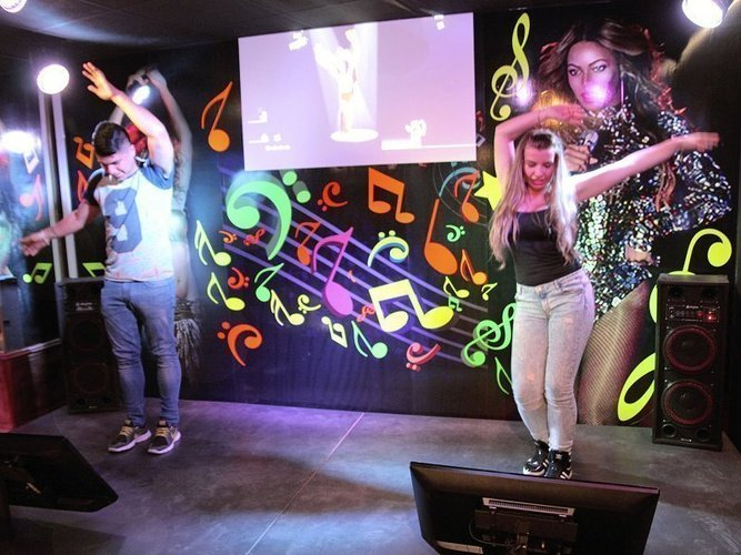 Game experience-zone disco hôtel magic cristal park benidorm