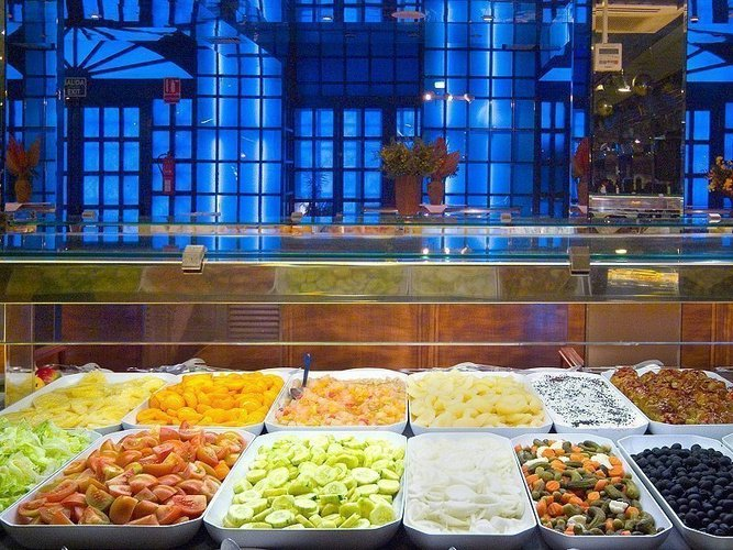 Restaurant buffet hôtel magic cristal park benidorm