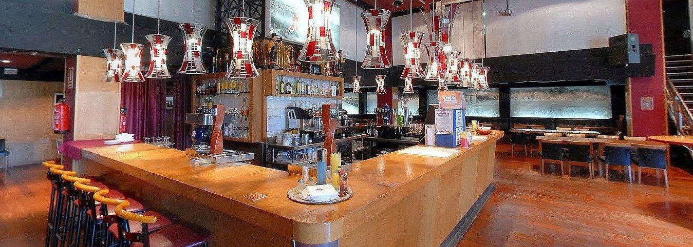 Bar-Restaurant 'Magic Café' - Hôtel Magic Cristal Park